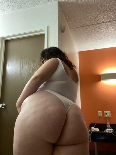 neiskusna debela hoće anal
